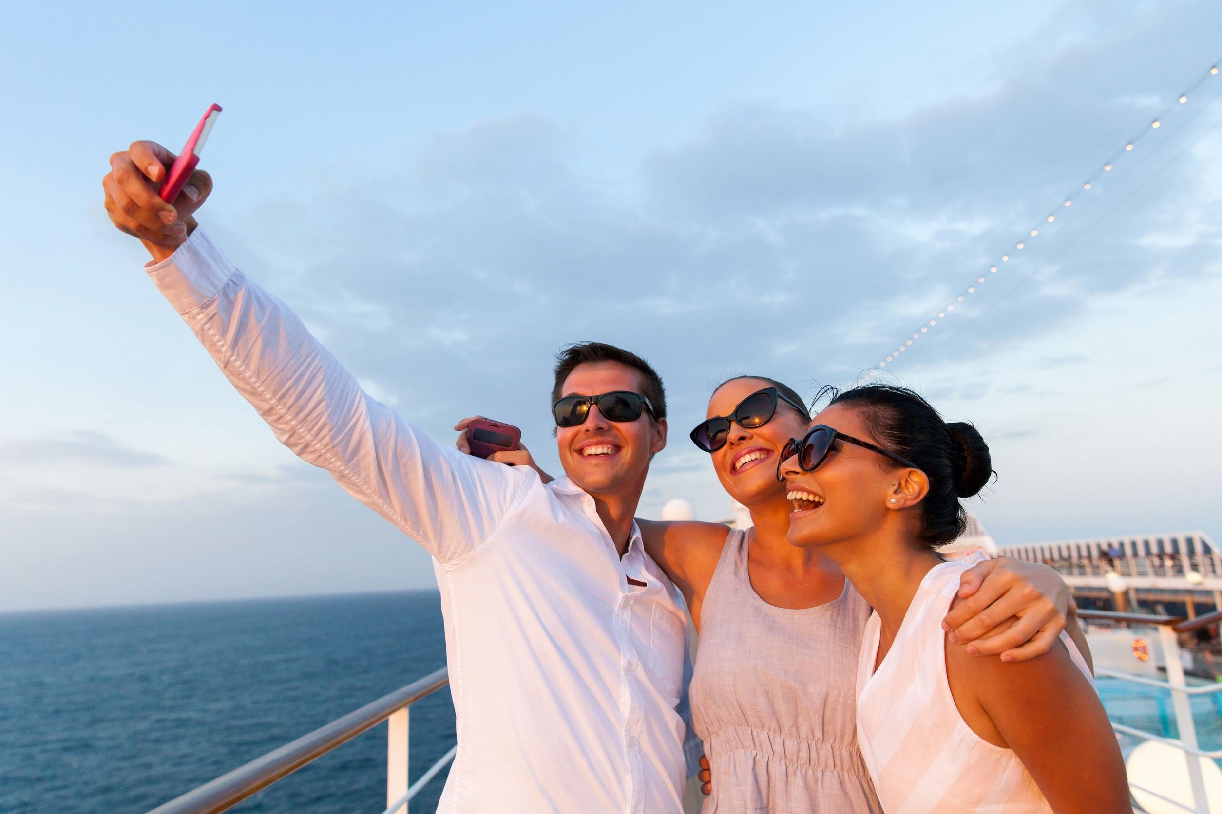 9 Apps You Should Download Before Your Next Cruise