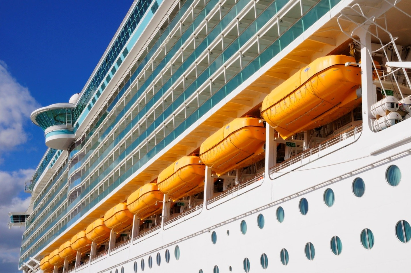 Major Health Risks Onboard Cruise Ships