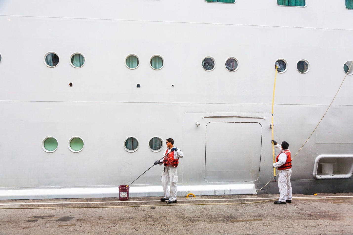 Do All Cruise Workers Qualify for the Jones Act